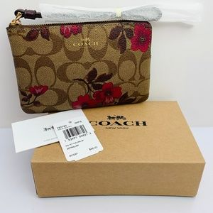 NWT COACH Wristlet Floral Signature Zip PVC w/ Box